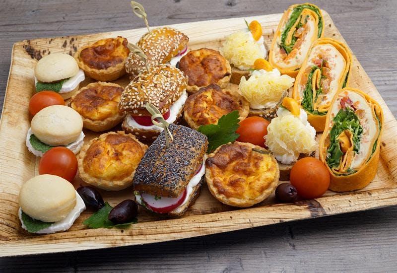 Catering Menü Premium Meetingplatte