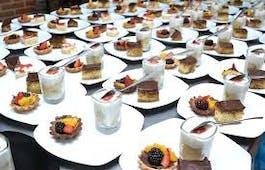 Catering Menü Herzhaftes Buffet mit Dessert