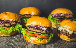 Catering Menü Burger und Fritten